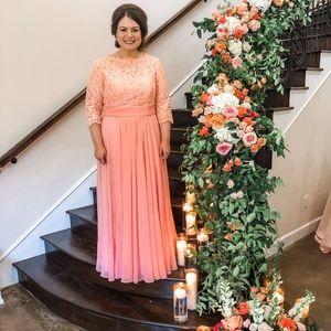 Dresses & Skirts - Peach Formal Dress